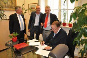 Unterzeichnung_Koop_Vereinbarung
